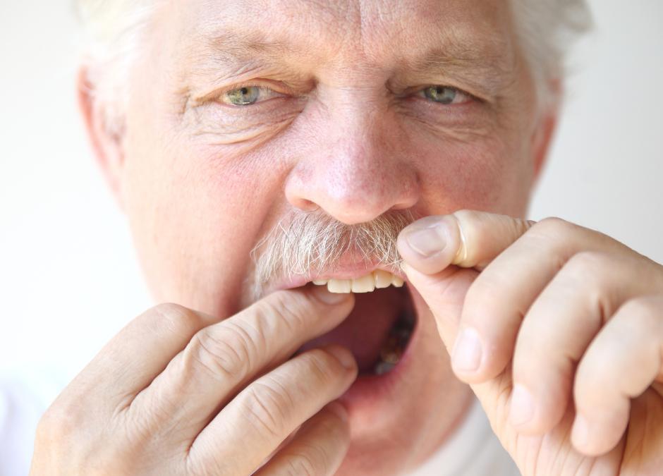 Odontologia conservadora i preventiva en la tercera edat